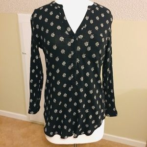 Old Navy Black and white Print Tunic